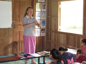 Tharamu Hannah teaching the Bible story telling class.
